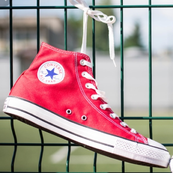 NWT Converse AdFabric AllStar Red HT M AUTHENTIC
